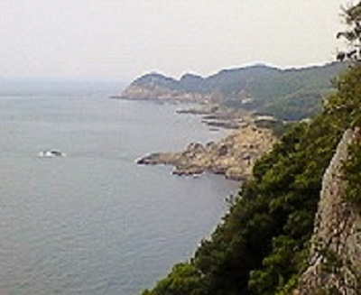 足摺岬を過ぎて。海岸線の風景。