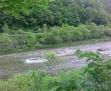 2010/07/02 14:06 石狩川を眺めつつ一服。
