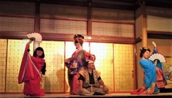 2011/ 6/29 12:49 禿、花魁、新造の演舞