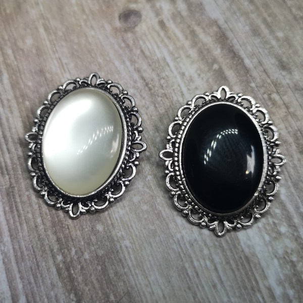 Ayame Designs gothic resin cameo brooch