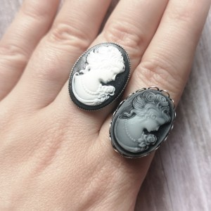 Ayame Designs stainless steel victorian cameo adjustable ring