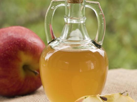 vinaigre-cidre-pomme-full-11165896