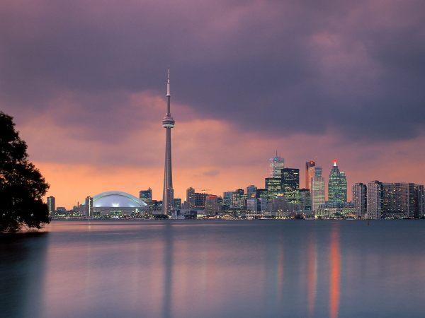 Toronto Skyline Ontario Canada - Beaches And Coasts Wallpaper