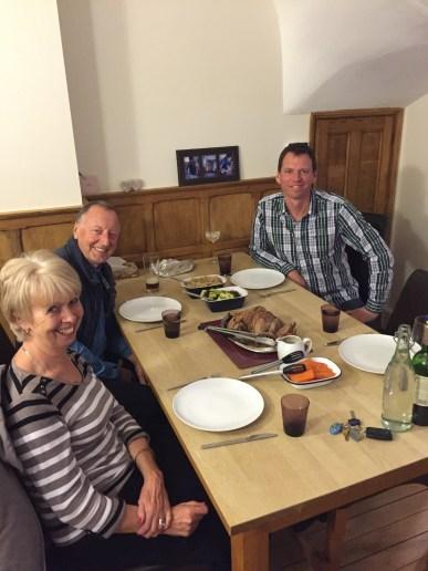 Family enjoying Méchoui