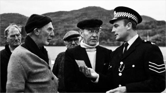 The Wicker Man-film still-Edward Woodward