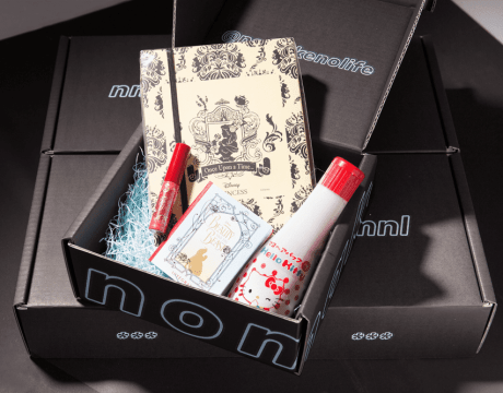 NoMakeNoLife (NMNL) is a subscription-based service that delivers you a box full of unique Japanese beauty products from Tokyo straight to your doorstep.