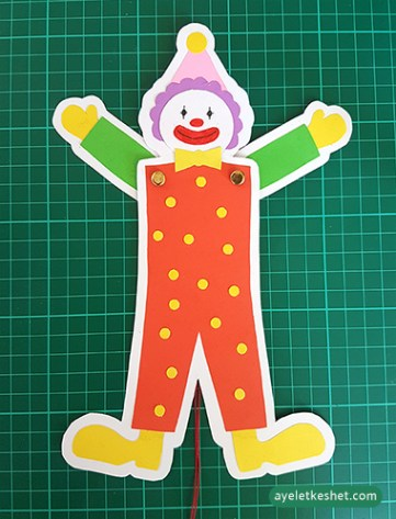 how to make a dancing clown out of card stock - step 10
