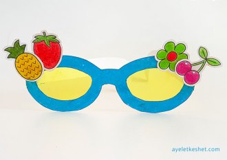 DIY craft paper sunglasses with templates - step 6