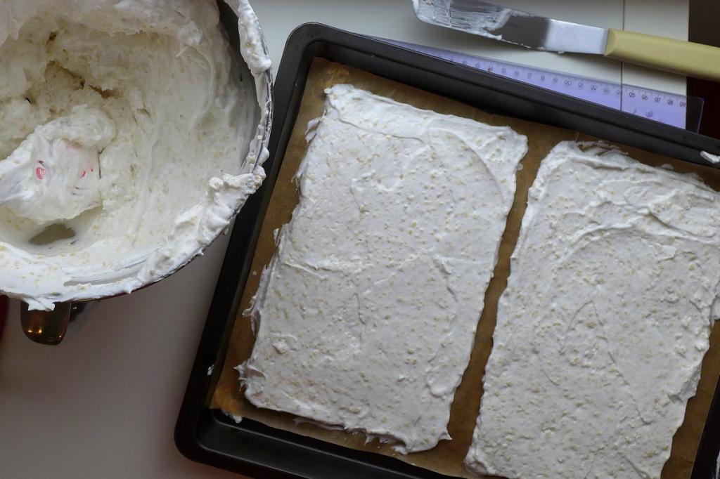 meringue before baking