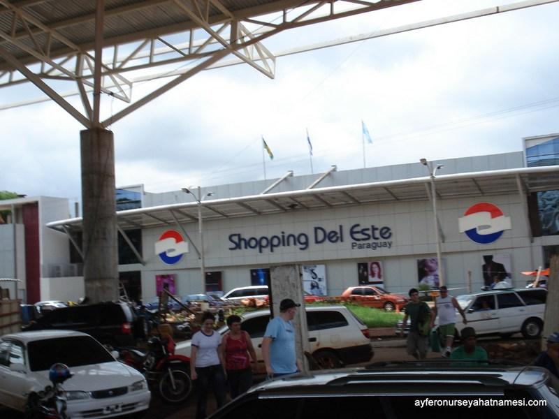 Ciudad Del Este sınır geçişi Free-Shop