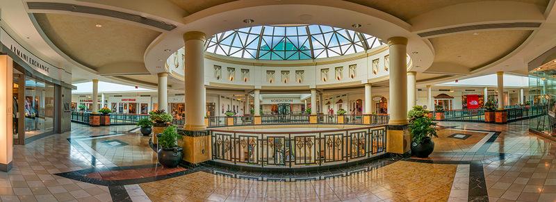 King of Prussia Mall - Philadelphia (ABD'deki en büyük alışveriş merkezlerinden biri)