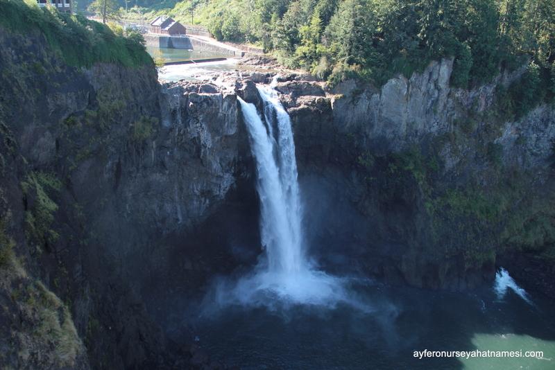 Sqnoqualmie Falls