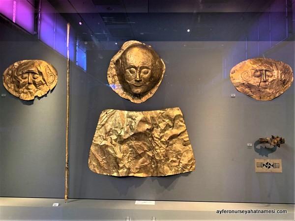 Agamemnon'un altın maskesi