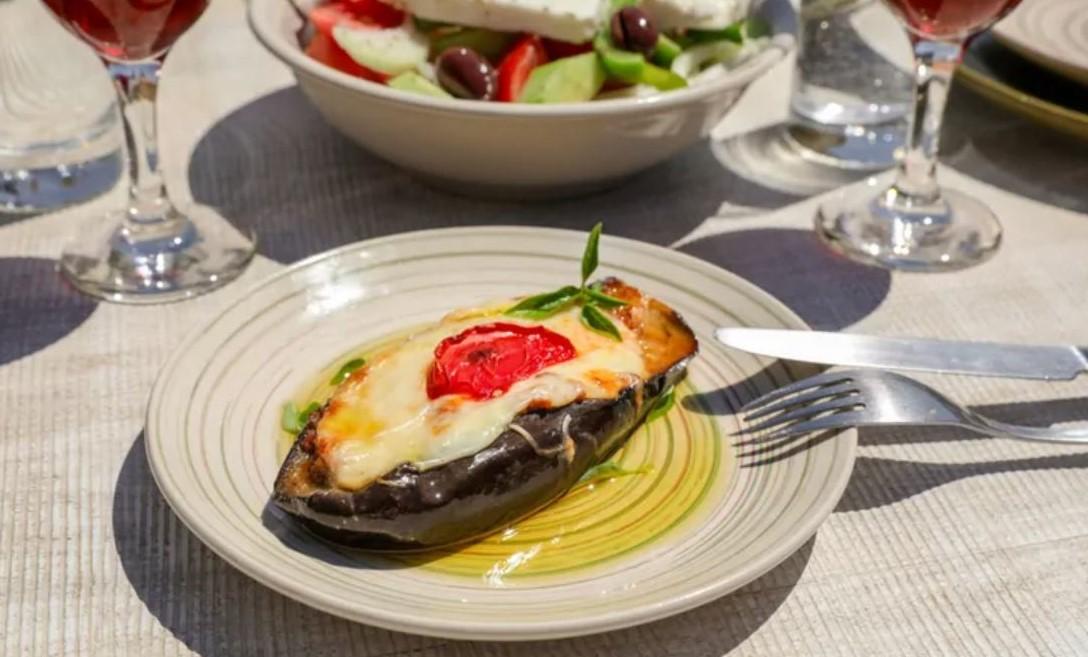 Papoutsakia (Παπουτσάκια) - Yunan Mutfağı