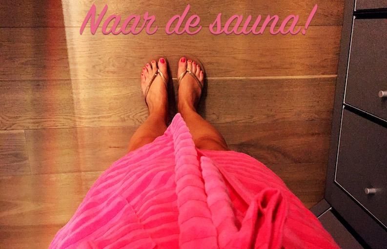 Naar de sauna badjas slippers