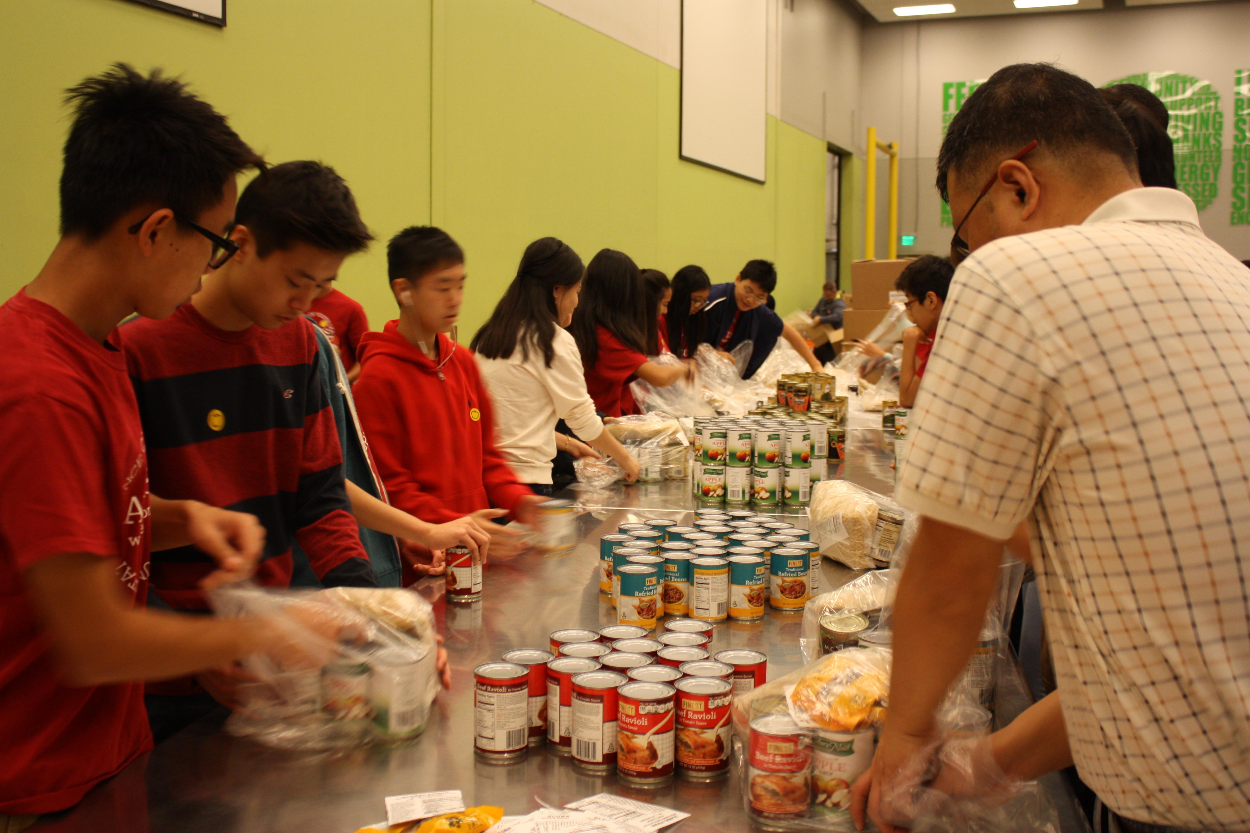 Food Bank Pearland Volunteer