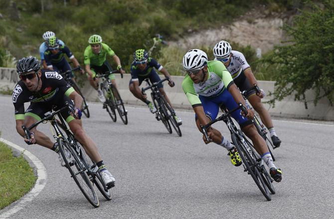 TDS2016_stage3_Gaviria_and_left_behind_Peter_Sagan