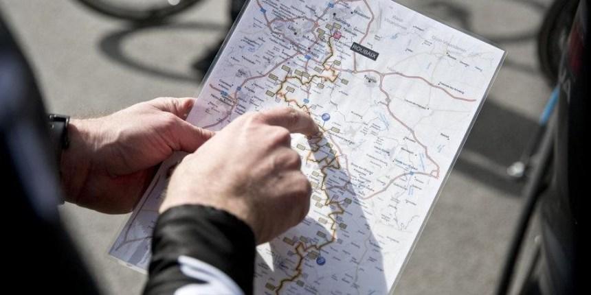 """Her detay önemli… Team SKY, profosyonel yol bisikletinde kariyerine bir meydan okumayla veda etmek isteyen Sir Bradley """"Wiggo"""" Wiggins liderliğinde Paris - Roubaix yarışının her bir detayına inerek hazırlanıyor."""