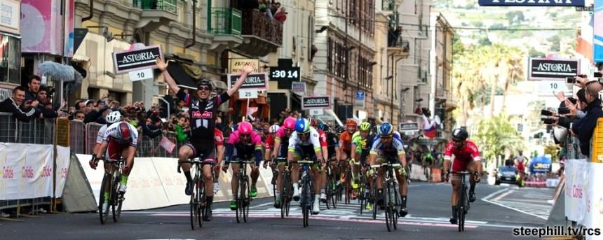 John Degenkolb del Team Giant all'arrivo della gara ciclistica Milano Sanremo. Milano, 22 marzo 2015. ANSA/CLAUDIO PERI