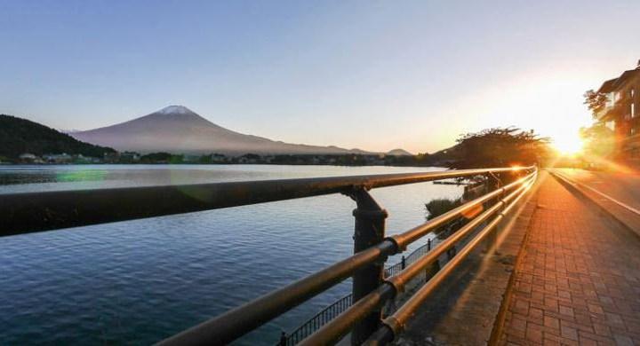 Menikmati Keindahan Danau Kawaguchiko