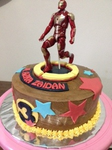 Birthday Cake: Iron Man (1/2)