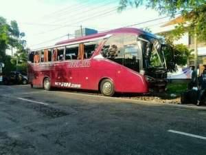 Kecelakaan bus Subur Jaya