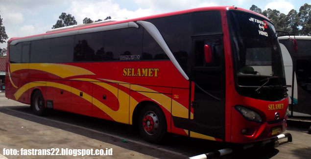 Bus PO Selamet | foto by fastrans22.blogspot.co.id