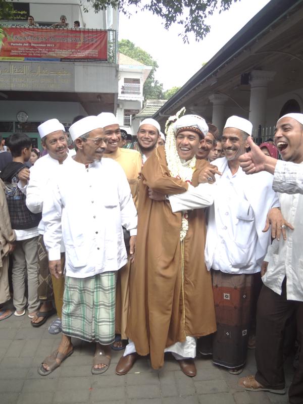 AhmadPernikahanKampungArabSurabaya10