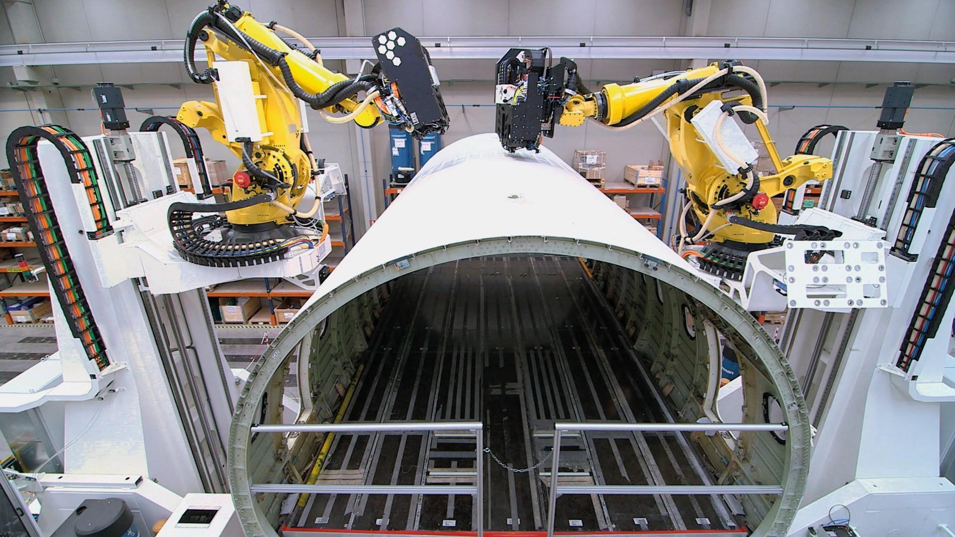 Un robot para taladrar y remachar fuselajes de aviones gana el Premio vector de Oro