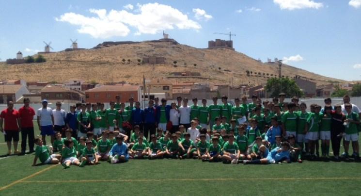 clausura-escuela-futbol-consuegra2015-1.jpg - 106.68 KB