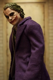 The Dark Knight Hot Toys DX-11 The Joker 2.0 16 Scale Collectible Movie Figure (5)