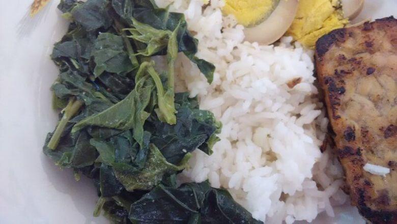 Sayur Mbayung +telur+tempe bacem