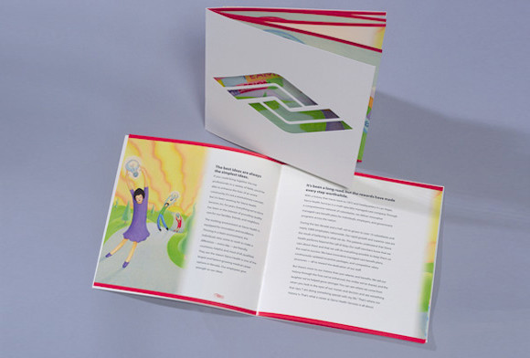 Desain Brosur Unik Menarik Cantik Bagi Media Promosi Bisnis Anda