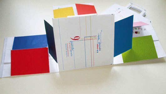 Contoh Desain Brosur Pop Up sebagai Corporate Identity Bisnis