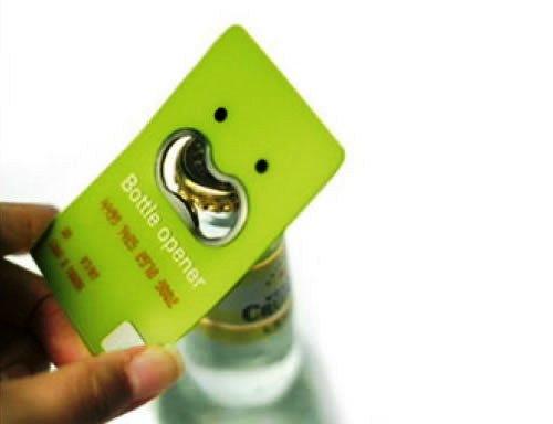 Contoh Desain Kartu Nama yang Unik - botle-opener-like-business-card