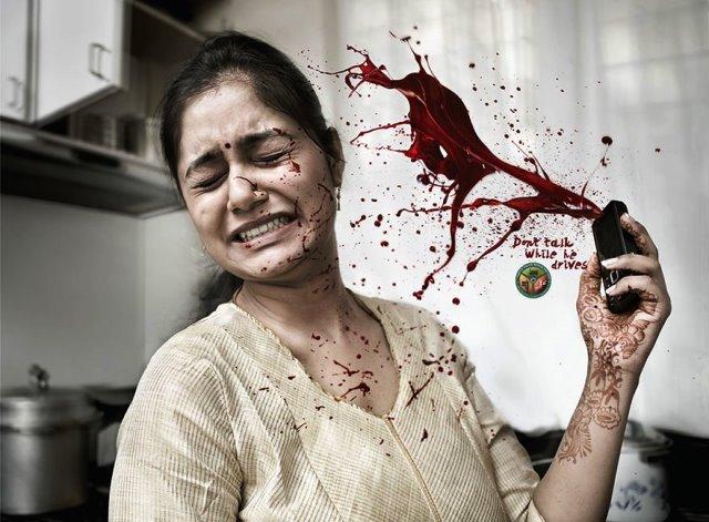 Iklan Layanan Masyarakat Paling Mengena - Iklan-tentang-penggunaan-hape-atau-ponsel-saat-berkendara