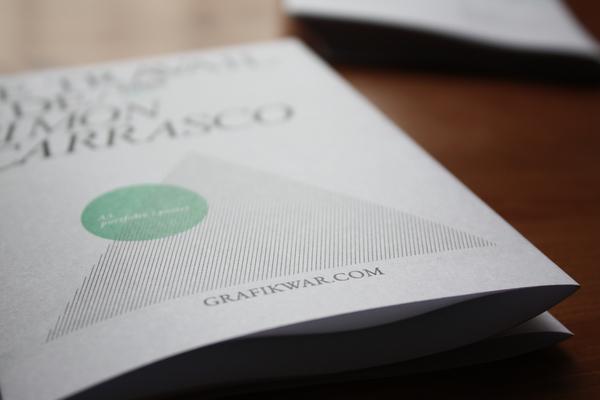 Contoh Katalog dan Buklet dengan Desain Inspiratif - Cv-book-poster-2009-Contoh-Katalog-dan-Buklet