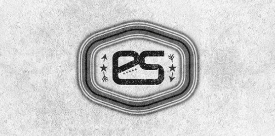 Logo dengan Desain Spasi Negatif - Logo-Endurance-Shoes
