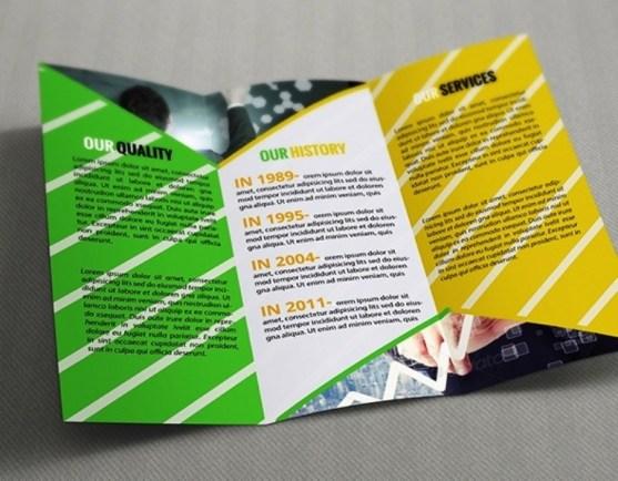 Membuat Desain Brosur untuk Usaha - Business Trifold Template