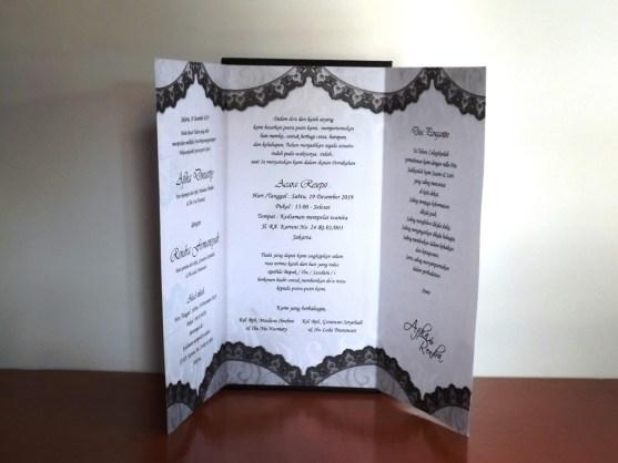 Bisnis Percetakan Desain Undangan - Katalog Undangan Pernikahan President Card Album Seri 3 -DSCF2091