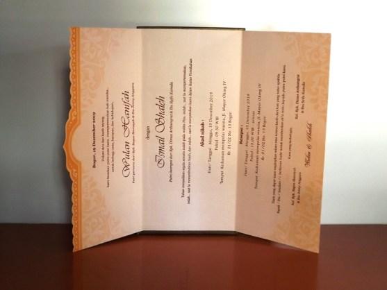 Bisnis Percetakan Desain Undangan - Katalog Undangan Pernikahan President Card Album Seri 3 -DSCF2095
