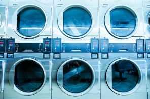 White front load washing machines. 7 Tips Mencuci Bersih dengan Mesin Cuci Tanpa Merusak Baju Anda.