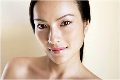 Healthy Skin Image source -- https://www.flickr.com/photos/sanjanasingh1/8431484269/sizes/o/