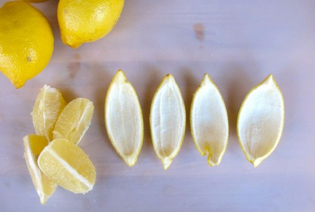 Take Help Of Lemon Peels