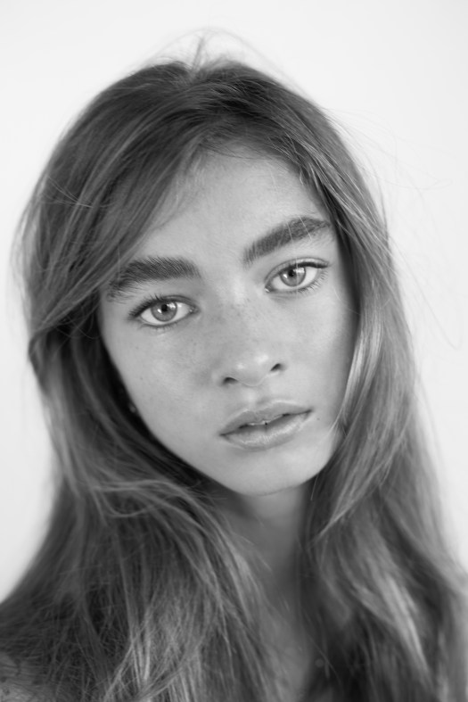 Ella Gollan | IMG Models