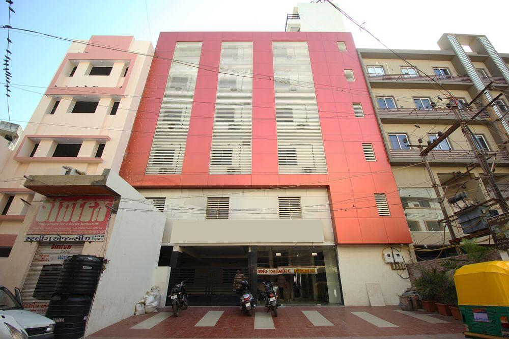 Book Oyo 6840 Hotel City Inn With Tajawal Book Now At Best
