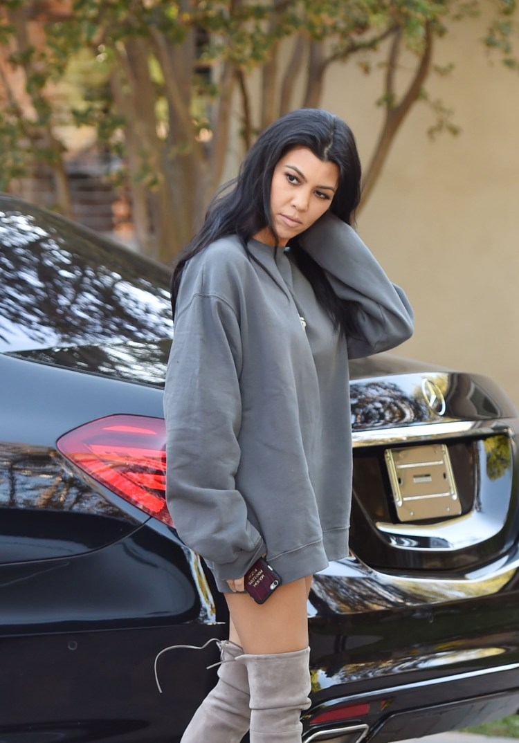 Kourtney Kardashian | Ridingirls