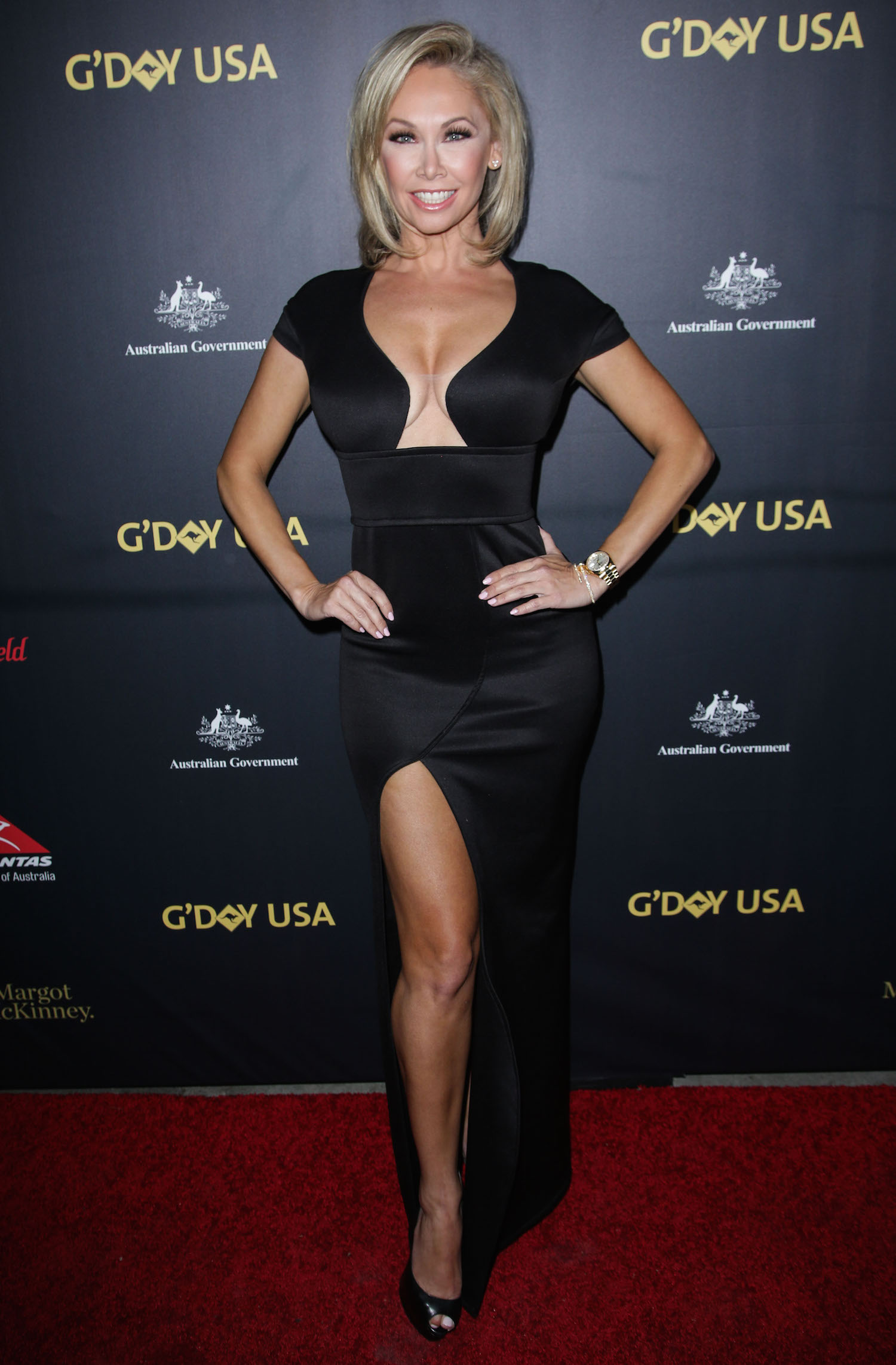 Kym Johnson  Robert Herjavec Get Sexy on USA Gala Dinner Red Carpet PHOTOS