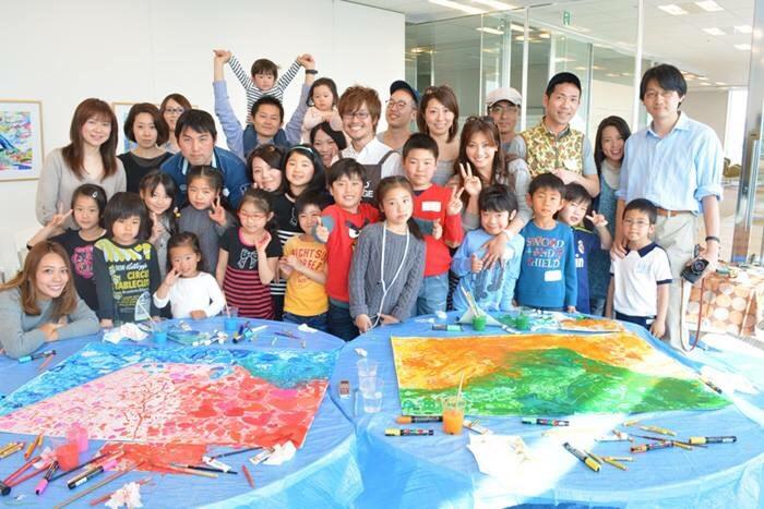 みんなで描いた富士山の絵 | スルガ銀行 d-laboでのワークショップの様子