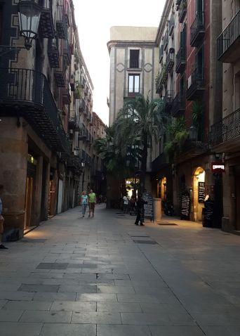 Les rues de Barcelone désertes au soir de l'attentat du 17 août 2017.